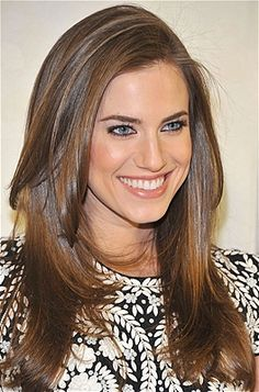 Happy, healthy hair cut into swinging layers like Allison Williams' never goes out of style. In the summer, give long locks an extra boost of shine with a mist of Macadamia Natural Oil Healing Oil Spray.