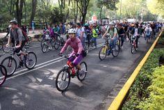 Celebrando del Parque de los Venados al Parque Tamayo de la Primera Sección del Bosque de Chapultepec, los ciclistas entusiastas pedaleando los 12 Km del recorrido.