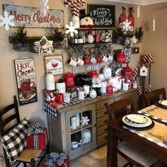 Christmas Room, Christmas Coffee, Cozy Christmas, Country Christmas, Christmas Projects, Christmas Holidays, Christmas Ideas, Christmas Centerpieces, Xmas Decorations