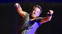 Bruce Springsteen writes a tardy note for a 9-year-old boy who attended his concert