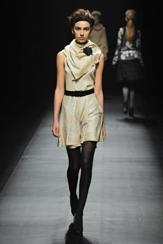 Yasutoshi Ezumi   Fall 2013 Ready-to-Wear Collection   Style.com