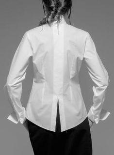 Необычные детали блузок (трафик) / Блузки / ВТОРАЯ УЛИЦА by ruth Classic White Shirt, Crisp White Shirt, Fashion Details, Fashion Design, Fashion Outfits, Womens Fashion, White Tops, Blouse Designs, Blouses For Women