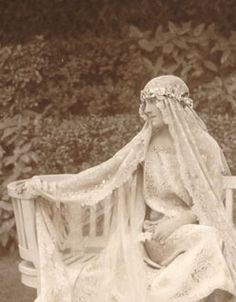 Gladys Deacon (1881-1977) who became the second wife of the 9th Duke of Marlborough.