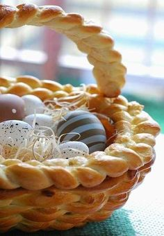 Super Easter Idea, Homemade Easter Baskets Turn into Edible Decorations