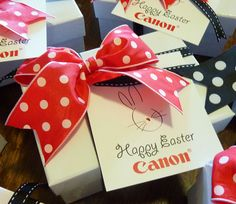 Easter gifts for Canon with customised Easter greeting card.