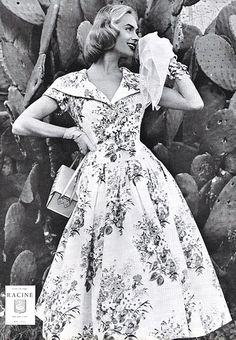 Gorgeous floral dress...From a vintage L'Officiel magazine dated June 1956.
