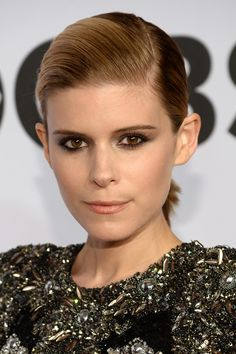 We can always count on Kate Mara to rock an edgy smokey eye