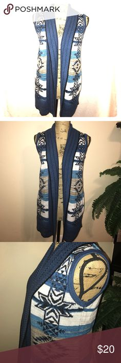 Gorgeous Sweater Vest Blue patterned vest with front pockets BCBGeneration Jackets & Coats Vests