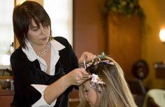 Enlever les traces de coloration de cheveux sur la peau