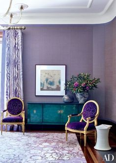 Pantone's Color of the Year for 2018 is Ultra Violet, a color that is mysterious, passionate and soulful.Designer/ Jamie Drake #pantonecoloroftheyear2018 #jamiedrake #purplelivingrooms #pantone2018 #ultraviolet