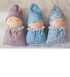 sewing video tutorial for dolls Doll Crafts, Diy Doll, Baby Crafts, Sewing Crafts, Sewing Projects, Sock Dolls, Baby Dolls, Fabric Toys, Fabric Crafts