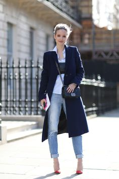 70 Amazing London Street-Style Snaps #refinery29  http://www.refinery29.com/london-fashion-week-street-style#slide26  This outfit makes us feel anything but blue.