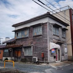 #yonago #tottori #japan #japanese #streetphotography #architecture (by doraebon)