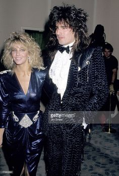 Heather Locklear and Tommy Lee Golden Globes 1987 Tommy Lee Motley Crue, 1980s Hair, 80s Hair Bands, Heather Locklear, Nikki Sixx, Famous Couples, Celebs, Celebrities, Celebrity Couples