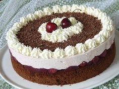 Kardinalstorte, a tasty recipe from the category pies. Baby Food Recipes, Cake Recipes, Dessert Recipes, Desserts, Appetizer Recipes, Super Torte, Bolo Red Velvet, Low Carb Meatloaf, Keto Chocolate Cake