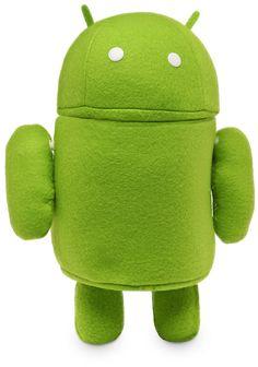 De la misma veloz manera en la que Android se hizo famoso, también cosechó fanáticos, que coleccionan y aman a su mascota nerd. Si odiás los almohadones que están en tu living o cama, podés reemplazarlos por este adorable Androide verde.