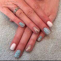 #gel #polish #holiday #nails #nailart #nailstagram #nails2inspire #nailsdid #nailsoftheday #thebeautycentre