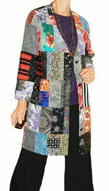Make your own Gypsy Pieced Silk Jacket. PDF Projects for sewing a unique, wearable art garment using patterns you may already have. Great way to recycle fabrics! Silk Jacket, Quilted Jacket, Diy Clothes, Sewing Clothes, Quilted Clothes, Jacket Pattern, Dressmaking, Clothing Patterns, Plus Size Outfits