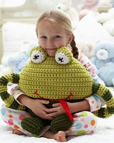 Huggable Frog Pillow in Bernat Softee Chunky Ombres. From knitting & crochet yarn and patterns to embroidery & cross stitch supplies! Shop all the craft materials you need to start your next project. Quick Crochet, Crochet Home, Crochet For Kids, Crochet Crafts, Crochet Projects, Free Crochet, Simple Crochet, Chunky Crochet, Crochet Frog
