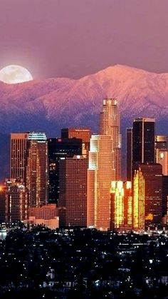Los Angeles CA Places To Travel, Places To See, Places Around The World, Around The Worlds, Los Angeles Sunset, San Diego, San Francisco, City Of Angels, Jolie Photo