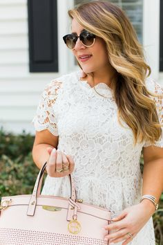 Spring outfit idea - click through for more of this gorgeous lace dress! | coffeebeansandbobbypins.com