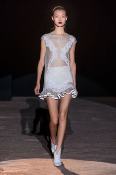 Francesco Scognamiglio Spring 2013 Ready-to-Wear Fashion Show - Tian Yi