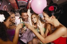 Looking for business class limousine service in Manhattan? We have team of expert drivers who are ready to chauffeur your friends all over in Manhattan. And you will have a memorable night out with Manhattan Limo. Private Car Service, Limo Ride, Limousine Car, Hummer Limo, Party Bus Rental, Fashion Night, Best Part Of Me, Girls Night, Traveling By Yourself