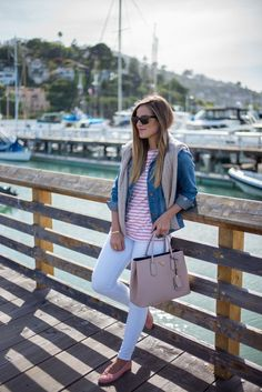 One bounce anorak that never absolutely goes out of appearance and which is advised as the must-have for every woman's apparel is of advance the denim jacket. This is absolutely one of the admired jackets for abounding of you, so today we would like to accord you several tips on how you should abrasion it. …