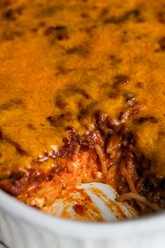 This simple casserole is so easy to throw together, but tastes like a million bucks! Beef Casserole Recipes, Ground Beef Casserole, Hamburger Meat Recipes, Casserole Dishes, Beef Recipes, Hamburger Casserole, Recipies, Pasta Casserole, Kraft Recipes