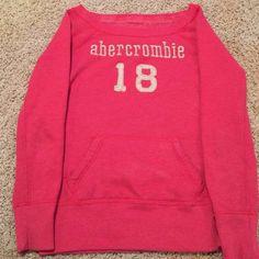 SUPER SOFT SWEATSHIRT...❤️ Beautiful Pinkish most comfortable sweatshirt ever your kids will LOVE. Sweaters Crew & Scoop Necks