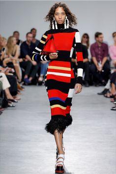 Proenza Schouler Spring/Summer 2017 at New York Fashion Week Fashion Week Paris, Fashion 2017, New York Fashion, Runway Fashion, Fashion Show, Fashion Design, Fashion Trends, Fashion Check, New Yorker Mode