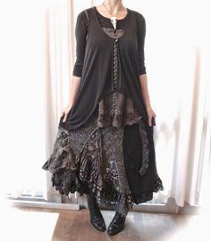 Mori Kei Sister Styles Series: Dark Mori
