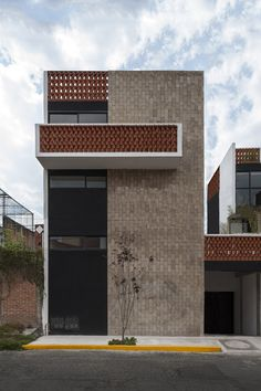 Image 7 of 39 from gallery of Bosques de Galeana / GRUPO Photograph by LGM studio Design Exterior, Brick Design, Facade Design, House Design, Architecture Design, Minimalist Architecture, Contemporary Architecture, System Architecture, Classical Architecture