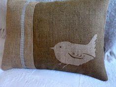 hand printed little round wren cushion - $61.03 $ US