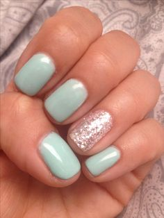 Tiffany blue gel nails