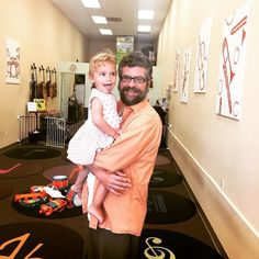 Fall is here & we're #backtoschool! Teacher Matthew looking very #happy with an adorable student & after his #psl! #toddletunes #kidsofallages #musicclassesforkids #freetrialclass #losangeles #musiclove #musicmatters #twitter