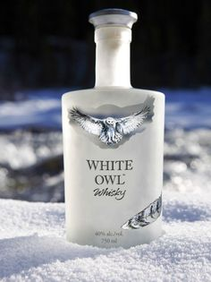 White Owl Whisky, Whisky blanc (white whisky), Highwood distillery, High River, Alberta, Canada