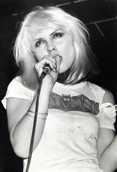 Debbie Harry: Batman and Blondie, by Mitchell Kearney. Blondie Debbie Harry, Rock & Pop, Rock And Roll, Nostalgia, Batman T Shirt, We Will Rock You, Black White, Joan Jett, Post Punk