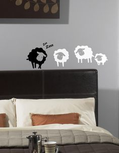 wall sticker sheep autocolant decorativ pentru perete oi www.caiverzipepereti.com