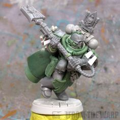 A fantastic converted Astartes chaplain, based on the pose of GW's Gabriel Seth Model.  Model built by Ron Saikowski