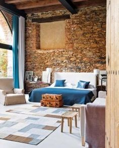 rustico letto impressive-bedrooms-with-brick-walls-8