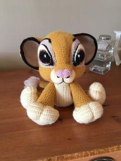 Lion Crochet, Crochet Amigurumi, Crochet Animals, Crochet Toys, Knit Crochet, Simba Lion, Patron Crochet, Barbie, Baby Knitting