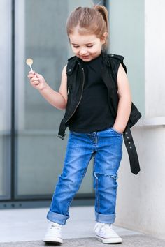 Burberry leather jacket, ripped jeans and Converse #kidstyle #kidsfashion #Kaira