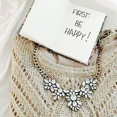 Glam And Glitter Statement Necklace -#fashion #ootd #necklace -  24,90  @happinessboutique.com