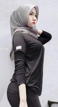 Hijab Teen, Arab Girls Hijab, Muslim Girls, Casual Hijab Outfit, Hijab Chic, Beautiful Muslim Women, Beautiful Hijab, Hijabi Girl, Girl Hijab