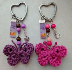 Buttefly Keychains. Tamigurumi: Patroon vlindertjes; Butterflies, Free Crochet Pattern in Dutch and English