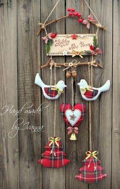 Felt Christmas Ornaments, Hanging Ornaments, Christmas Art, Christmas Projects, Christmas Holidays, Christmas Wreaths, Christmas Wrapping, Christmas 2017, Country Christmas