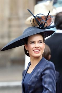 The royal wedding brought out the best British millinery had to offer, from Princess Eugenie in a sculptural piece by Philip Treacy to his pillbox look for Victoria Beckham. See the day's best over-the-top headgear. Sophie Winkleman, Kate Middleton, Philip Treacy Hats, Fashion Bubbles, Crazy Hats, Big Hats, Pamela, Kentucky Derby Hats, Wedding Hats