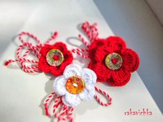 Мартенички / White and Red Crocheted Flowers with Painted Buttons Crochet Gloves Pattern, Knit Crochet, 123 Cross Stitch, Rakhi Design, Bunny Party, Beginner Crochet Projects, Minnie Birthday, Celebration Quotes, Party Hats