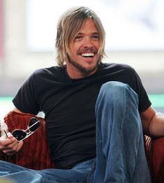 Taylor Hawkins - Foo Fighters another great smile :)